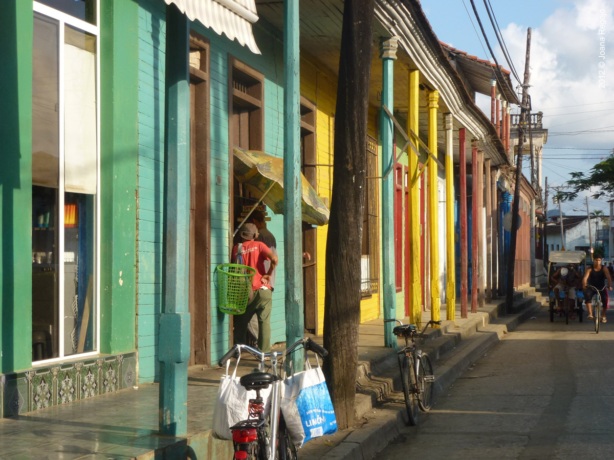 Baracoa, Cuba © 2012 Joana Regojo (www.joanaregojo.com)